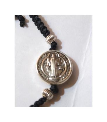 Pulsera medalla San Benito, con cordón negro ajustable al por mayor